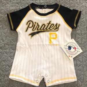 Pirates NWT 0-3 month